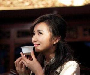 喝出苗条 绿茶减肥偏方